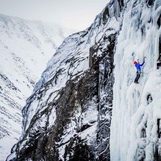 ben-nevis-ice-climbing-1