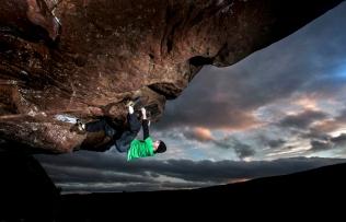 bouldering-rock-climbing-northumberland