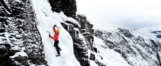 ice-climbing-scotland-sean-bell
